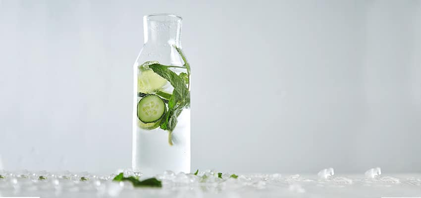 What are the many benefits of cucumber water